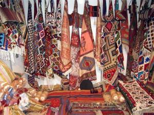 صنایع دستی و سوغاتیها